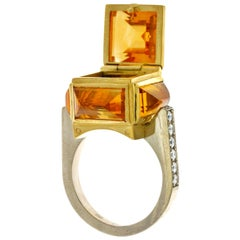 Brutalist Chamber Ring in 18 Karat Yellow and White Gold, Citrine and Diamonds