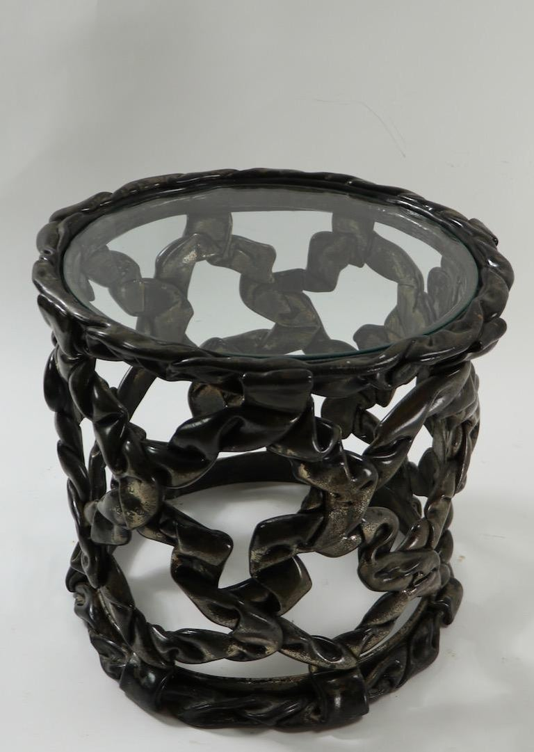 Brutalist Drum Table of Resin and Glass For Sale 1