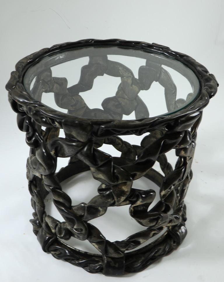 Brutalist Drum Table of Resin and Glass For Sale 3