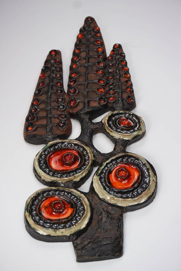 Brutalist Dutch design ceramic wall sculpture at the manner of Vandeweghe.
