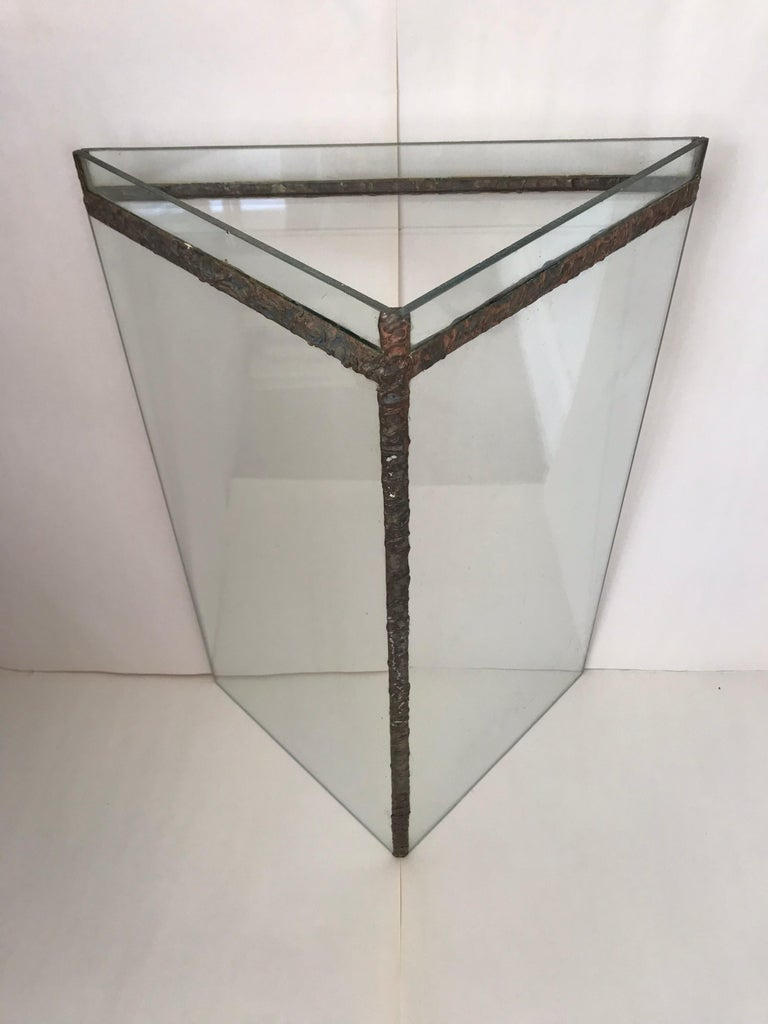 Brutalist Glass and Bronze Copper Occasional Side End or Drinks Table In Good Condition For Sale In Miami Beach, FL