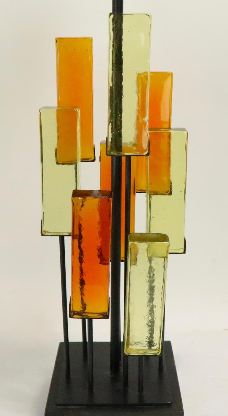 Brutalist Glass Block Table Lamp Attributed to Thurston for Lightolier For Sale 4