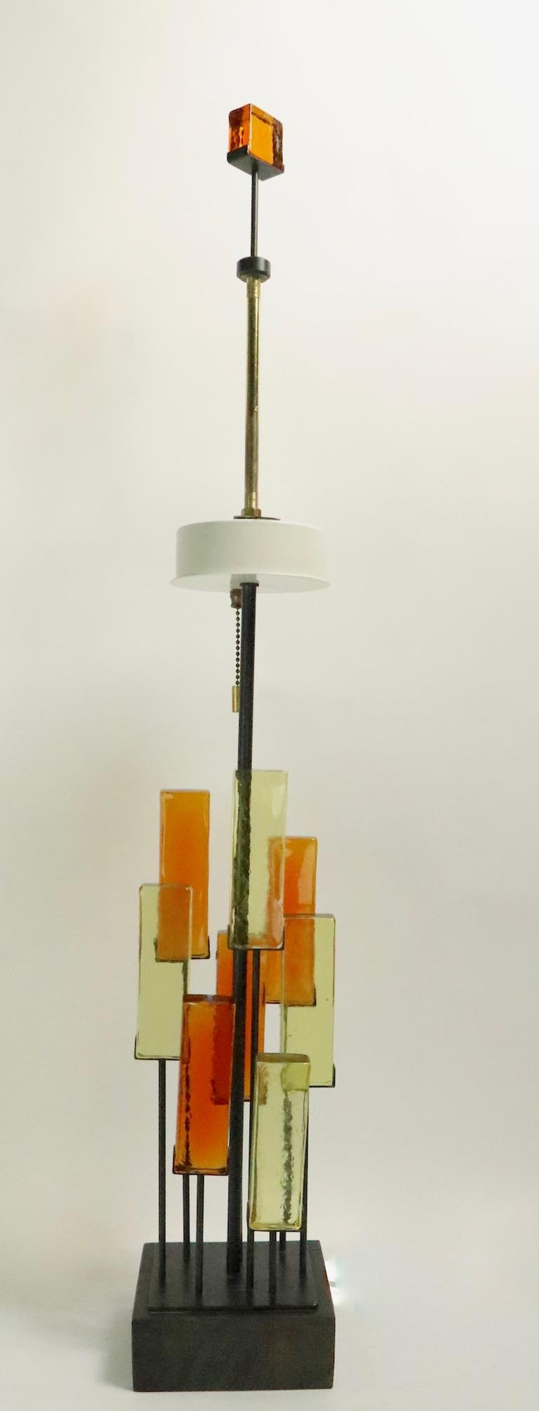 Brutalist Glass Block Table Lamp Attributed to Thurston for Lightolier For Sale 5