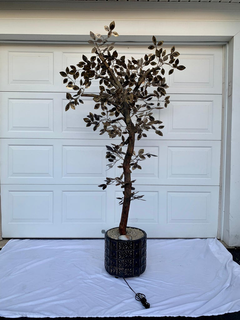 Mid-Century Modern Brutalist Hammered Metal Tree Sculpture with Uplight, Curtis Jere, 1960s For Sale