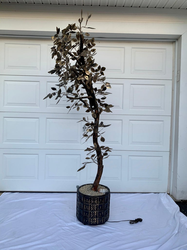 Brutalist Hammered Metal Tree Sculpture with Uplight, Curtis Jere, 1960s For Sale 3