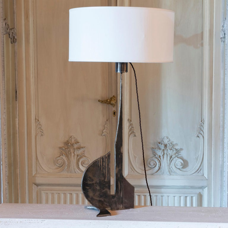 Brutalist Raw Steel Tall Table Lamp, France, 1970s For Sale 2