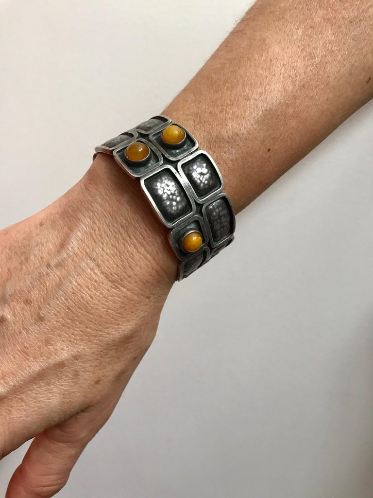 A nice modernist design.