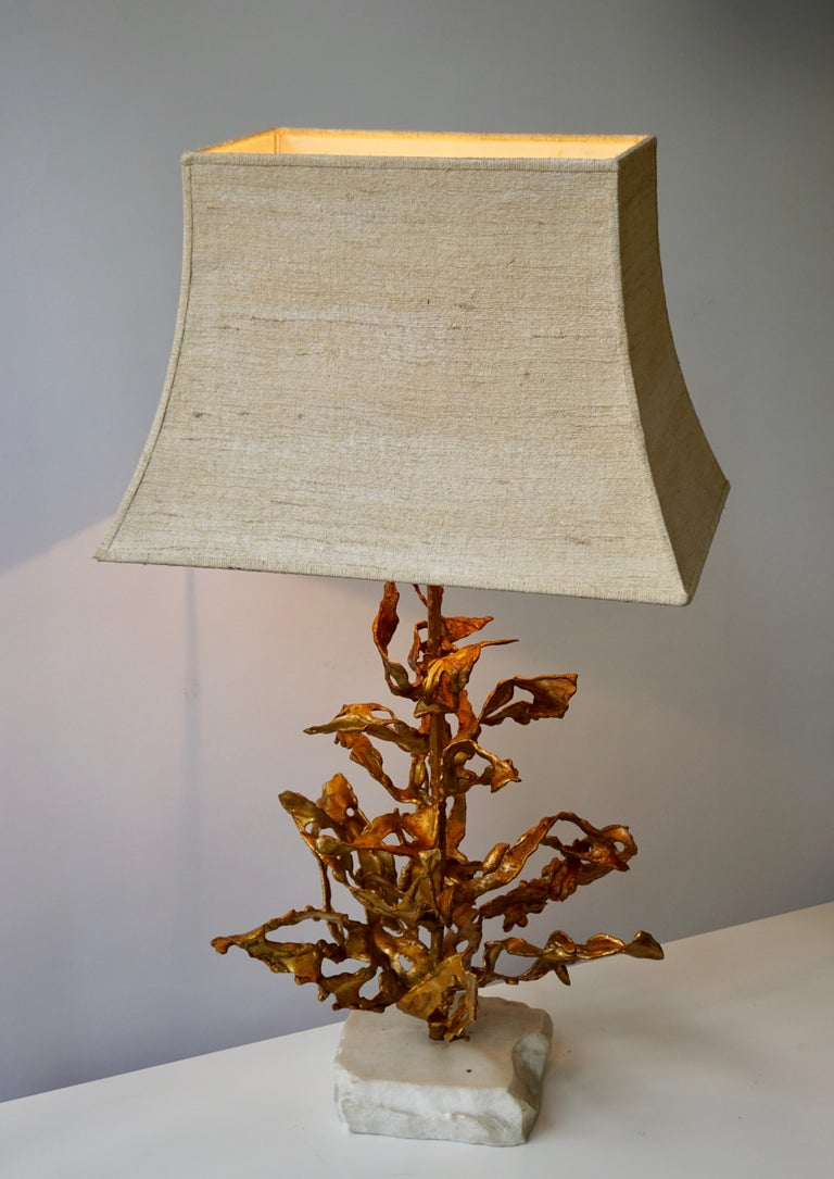 Hollywood Regency Brutalist Table Lamp in Brass Signed Paul Moerenhout, circa 1970 For Sale