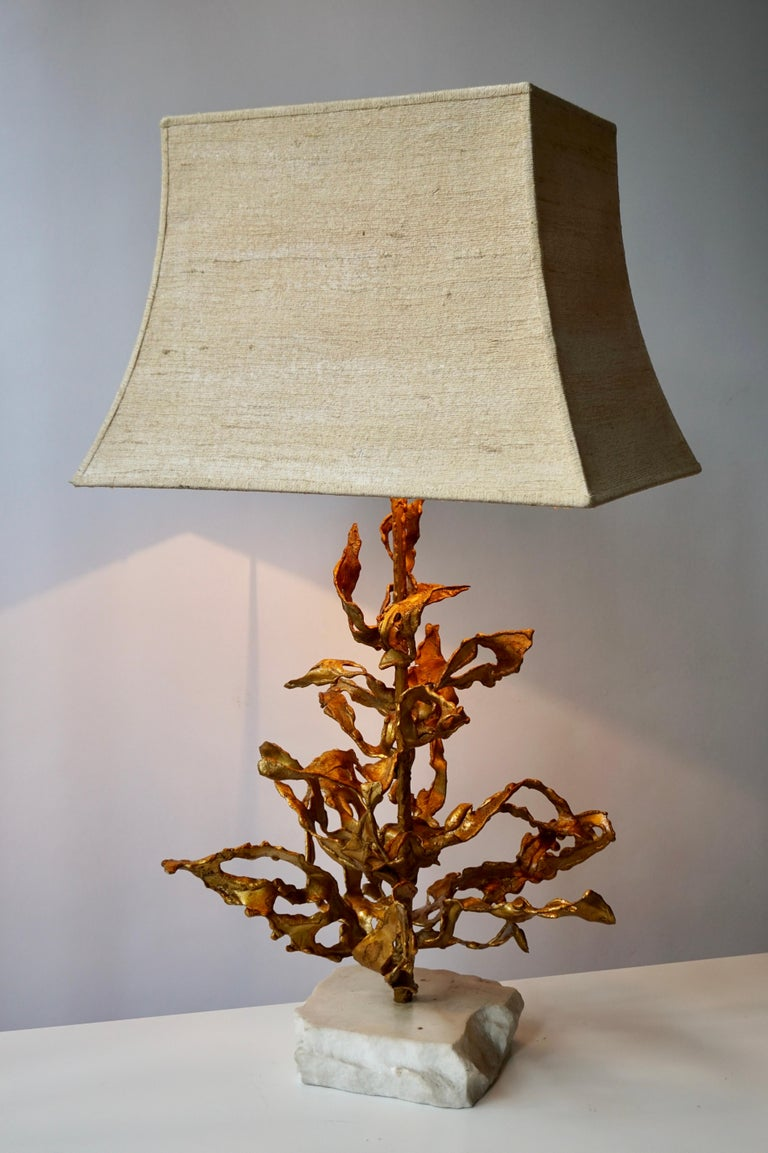 Gilt Brutalist Table Lamp in Brass Signed Paul Moerenhout, circa 1970 For Sale