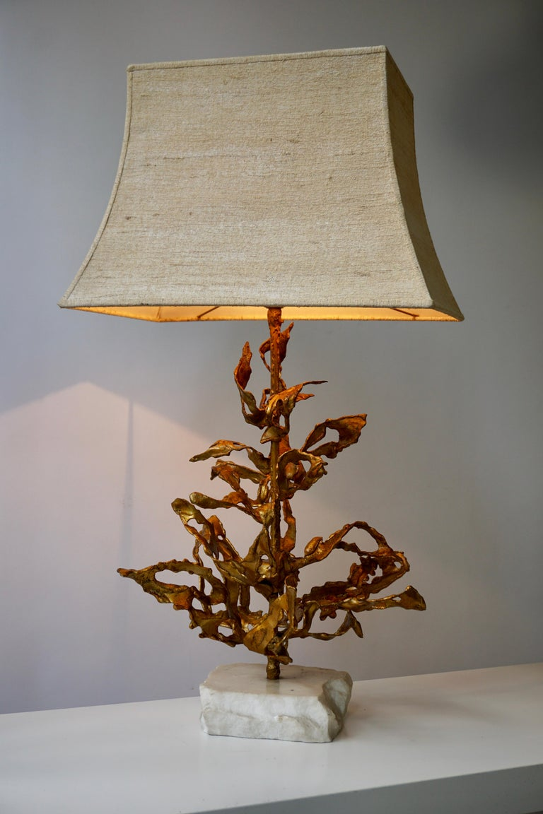 20th Century Brutalist Table Lamp in Brass Signed Paul Moerenhout, circa 1970 For Sale