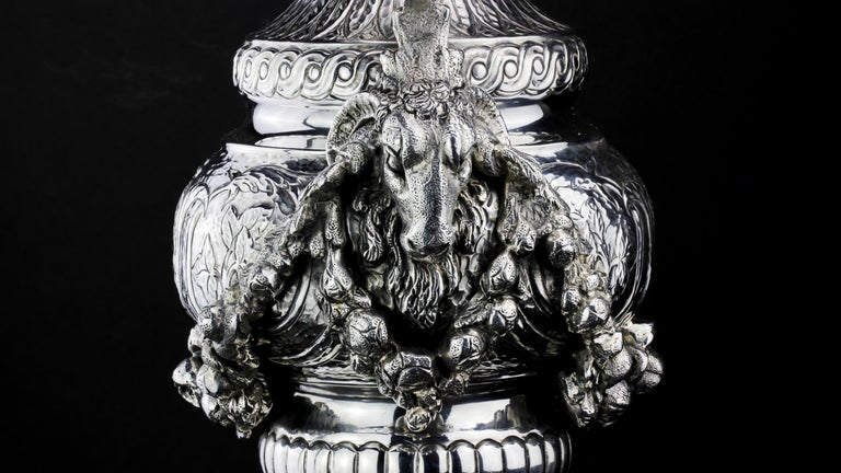 Buccelatti Antique Silver Wine Ewer, Made in Italy, circa 1900 For Sale 4
