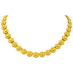 Buccellati 1970s Diamond 18 Karat Gold Flower Necklace