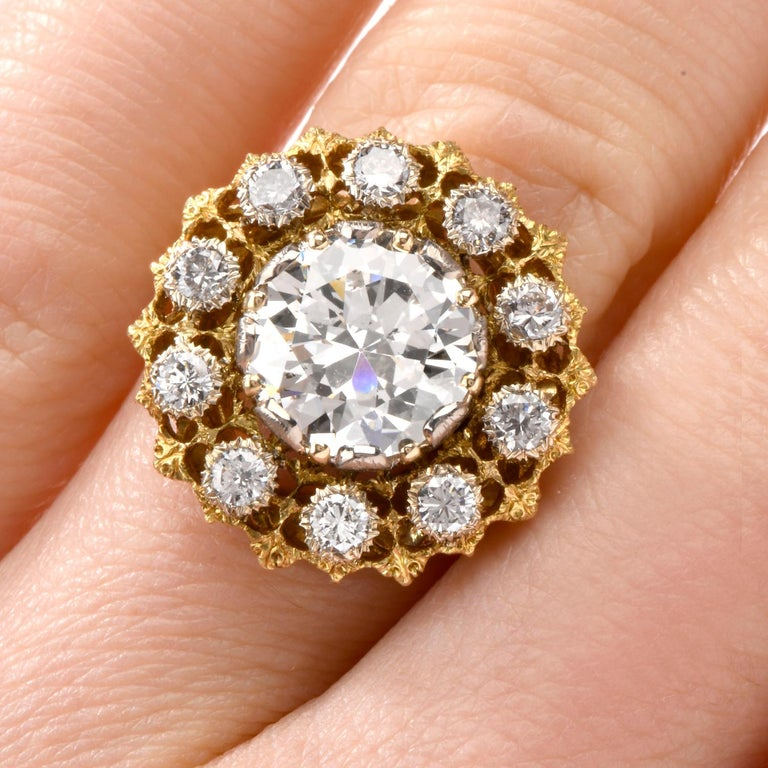 Buccellati Diamond 18 Karat Cocktail Engagement Ring For Sale 4