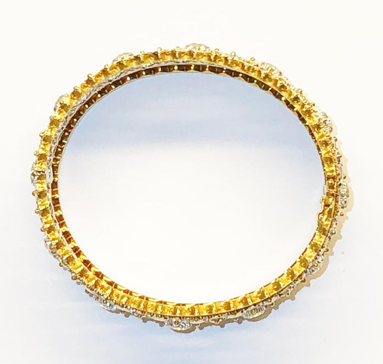 Buccellati Diamond and Gold Bangle Bracelet In Excellent Condition For Sale In New York, NY