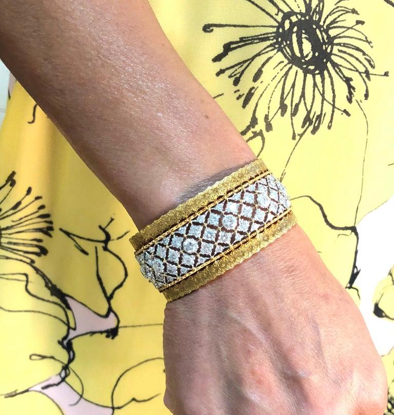Buccellati Diamond and Gold Bangle Bracelet For Sale 3