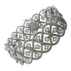 Buccellati Etoilee Gold 3.55ctw Diamond Bracelet
