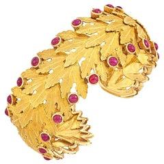 Buccellati Gold Cabochon Ruby Bracelet