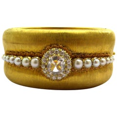 Buccellati Gold Cuff 1.56 Carat G SI2 Cushion Diamond GIA Certified and Pearls