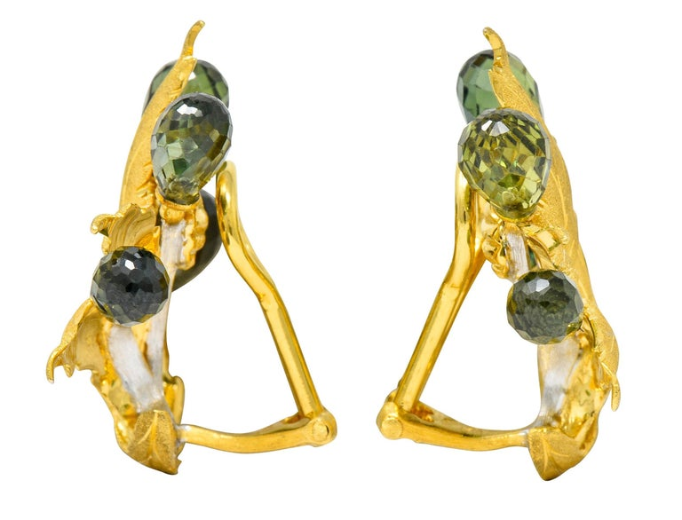 Buccellati Green Sapphire Briolette 18 Karat Two-Tone Gold Leaf Clip Earrings In Excellent Condition For Sale In Philadelphia, PA