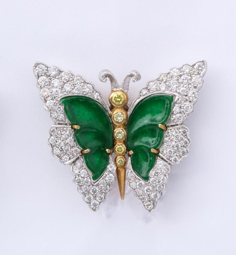 Buccellati Jade Diamond Butterfly Earclips In Excellent Condition For Sale In Bal Harbour, FL