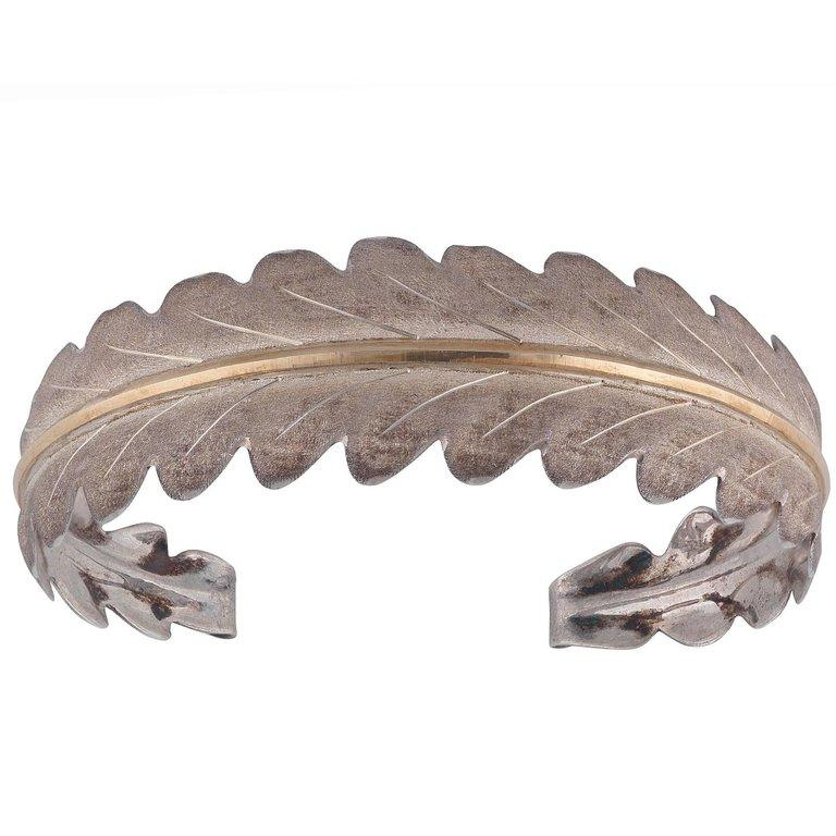 Buccellati Silver and Gold Leaf Shaped Bangle In Excellent Condition For Sale In Firenze, IT