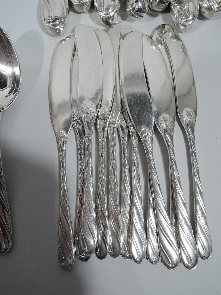 Buccellati Torchon Sterling Silver Dinner Set for 12 with 96 Pieces For Sale 4