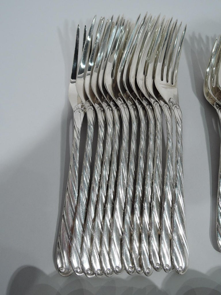 Modern Buccellati Torchon Sterling Silver Dinner Set for 12 with 96 Pieces For Sale
