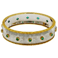 Buccellati White and Yellow Gold Bangle Bracelet with Emeralds