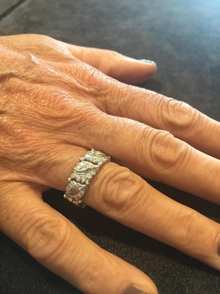 Women's or Men's Buccellati White Gold and Cluster Diamonds Band Ring For Sale