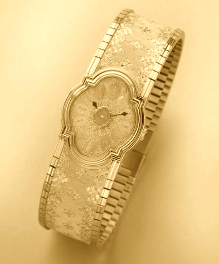 Buccellati Yellow Gold Limited Edition Arischron In Excellent Condition For Sale In Geneva, CH