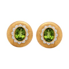 Buccellati Yellow Gold Round Clip-On Earrings with Peridot Centers