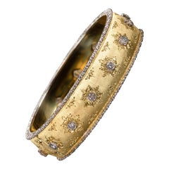 Buccellati Yellow Hinged Gold Bracelet with Diamonds