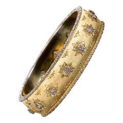 Buccellati Yellow Hinged Gold Bracelet with Diamonds