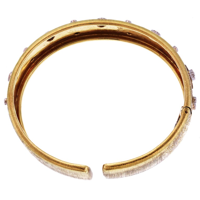 Buccellati Yellow Gold and Diamond Cuff Bangle Bracelet In Excellent Condition For Sale In Boca Raton, FL