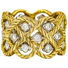 Bucellati 18 Karat Gold Etoilee Diamond Wide Band Ring