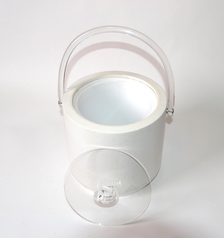 Bucket Brigade 1970 Mid-Century Modern White Leather & Lucite Lidded Ice Bucket For Sale 3
