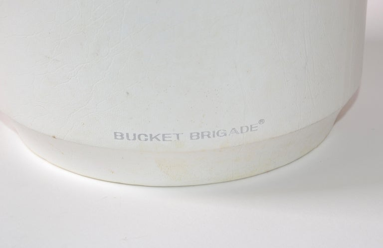 Bucket Brigade 1970 Mid-Century Modern White Leather & Lucite Lidded Ice Bucket For Sale 2