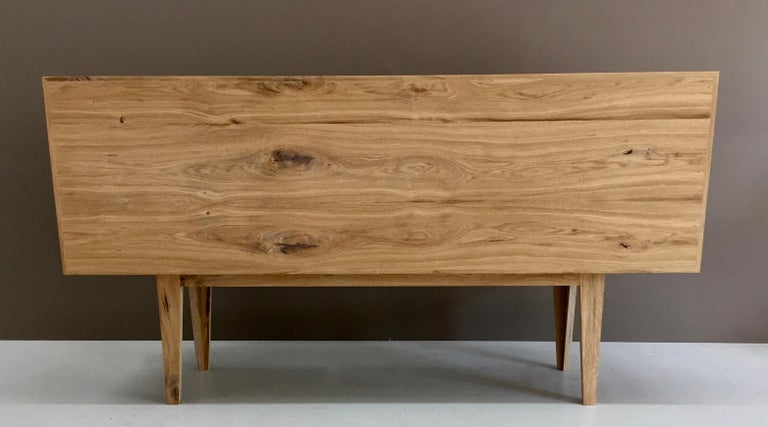 Buckhurst Sideboard oak veneered plywood with hand shaped curry/grey doors. In New Condition For Sale In Vienna, AT