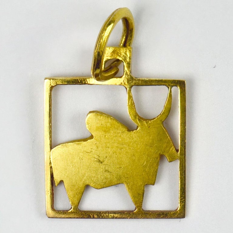 Buffalo 18k Yellow Gold Square Charm Pendant For Sale 1