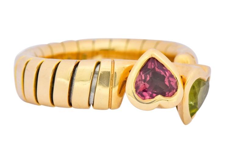 Contemporary Bulgari 1.50 Carat Pink Tourmaline Peridot 18 Karat Yellow Gold Heart Ring For Sale