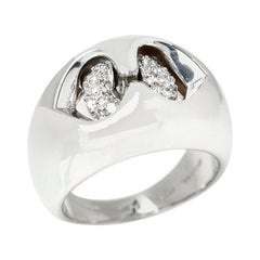 Bulgari 18 Karat White Gold Diamond Doppio Cuore Dome Ring