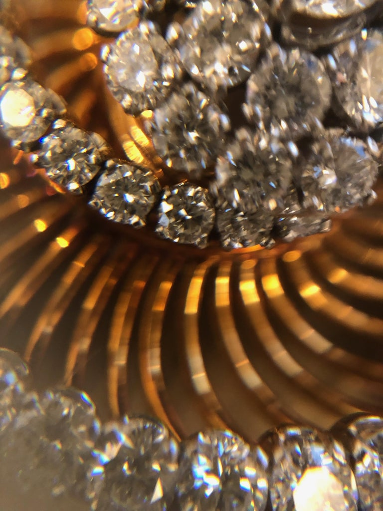 Bulgari Gold and Diamond Spiral Brooch  In Excellent Condition For Sale In New York, NY