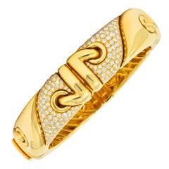 Bulgari 4.30 Carat Diamond 18 Karat Yellow Gold Stylized Link Cuff Bracelet