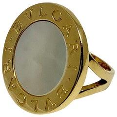 Bulgari Bulgari 18 Karat Yellow Gold Mother of Pearl Split Shank Ring