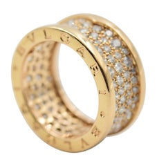 Bulgari B.zero1 Ring 345585 in 18 Karat Gold with Pave Diamond on the Spiral