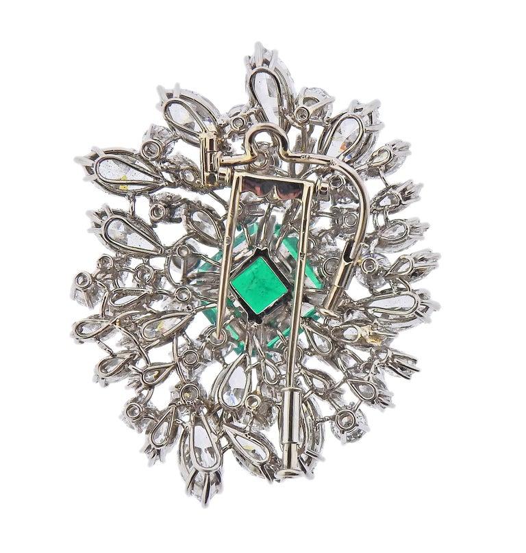 Round Cut Bulgari Certified 6.61 Carat Colombian Emerald Diamond Platinum Brooch For Sale