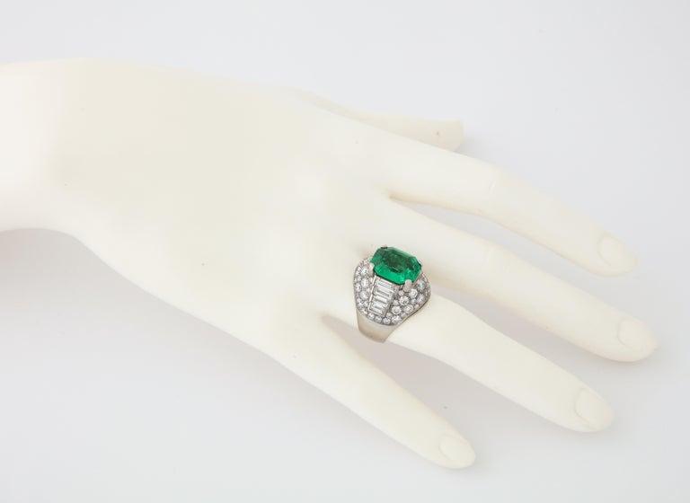 Women's or Men's Bulgari Certified Colombian Emerald Diamond Trombino Ring For Sale