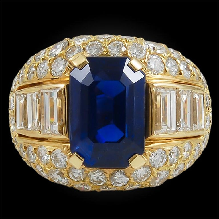 Round Cut Bulgari Ceylon No-Heat Sapphire Diamond Ring For Sale