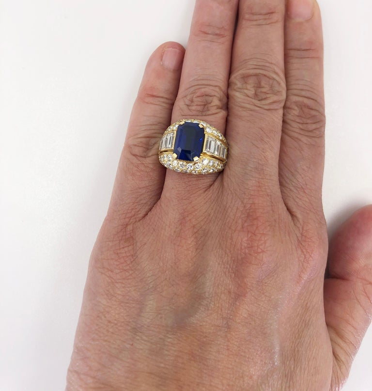 Women's Bulgari Ceylon No-Heat Sapphire Diamond Ring For Sale