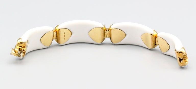 Women's Bulgari Chandra Porcelain 18k Gold Bracelet For Sale